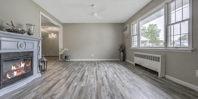 3 Living Room
